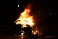 Auto uitgebrand aan de Wal Feanwâlden(Video)