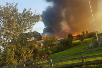 Grote brand legt loods in de as